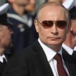 vladimir-putin-at-a-navy-parade-in-severomorsk