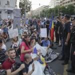 cod-rosu-dna-protest-23-inquam-photos-octav-ganea