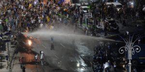 bucuresti-piata-victoriei-protest-diaspora-5